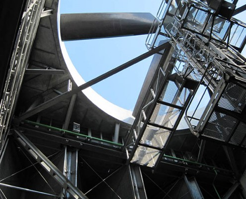 Heller type dry cooling tower